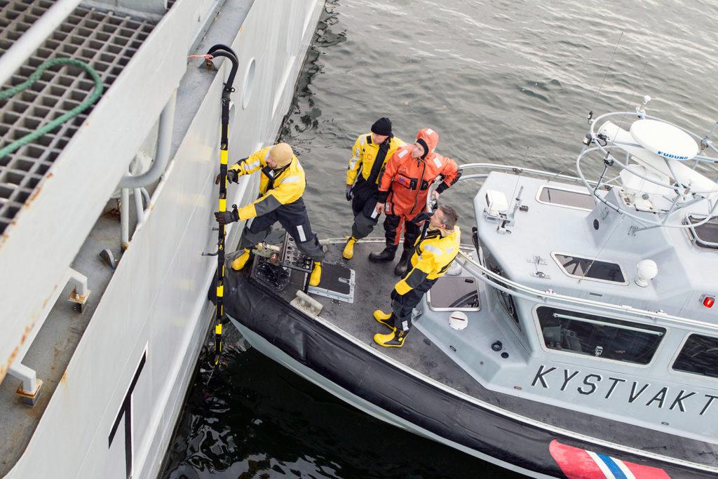 Henriksen Resq Tactical ladder used boarding ship